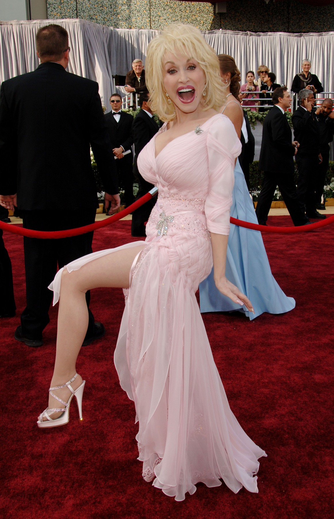 http://pictures.platinum-celebs.com/dolly-parton-nude-photo.jpg