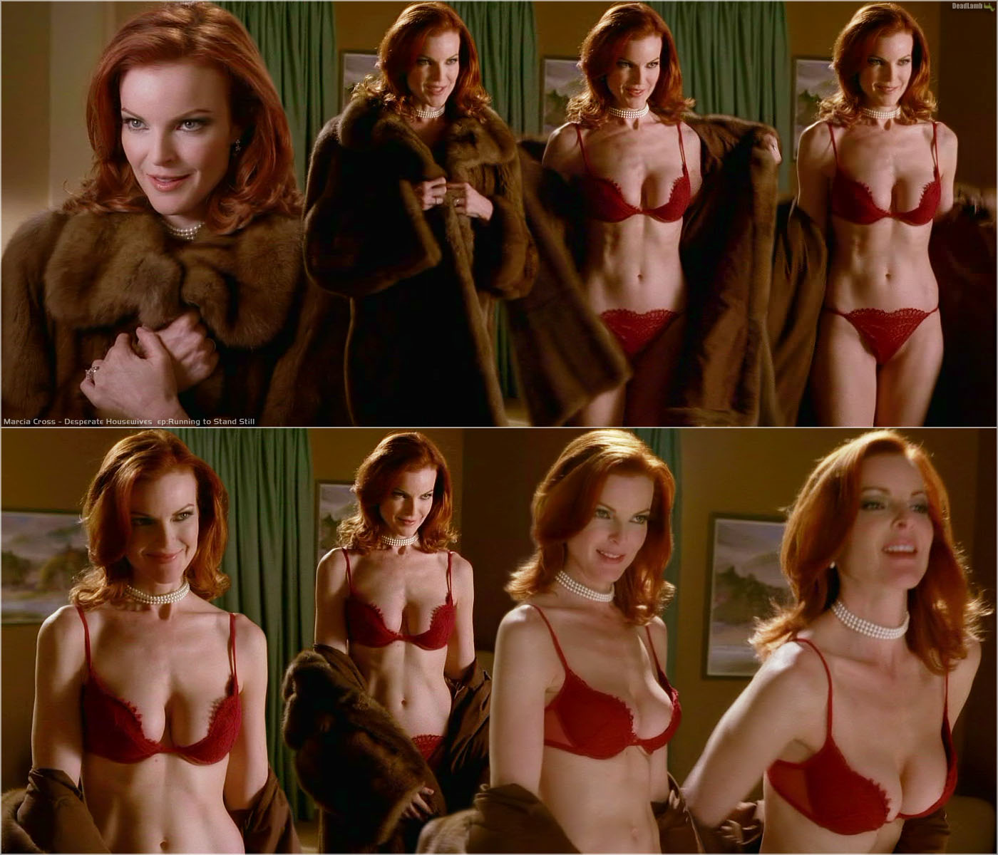 http://pictures.platinum-celebs.com/marcia-cross-nude-photo.jpg