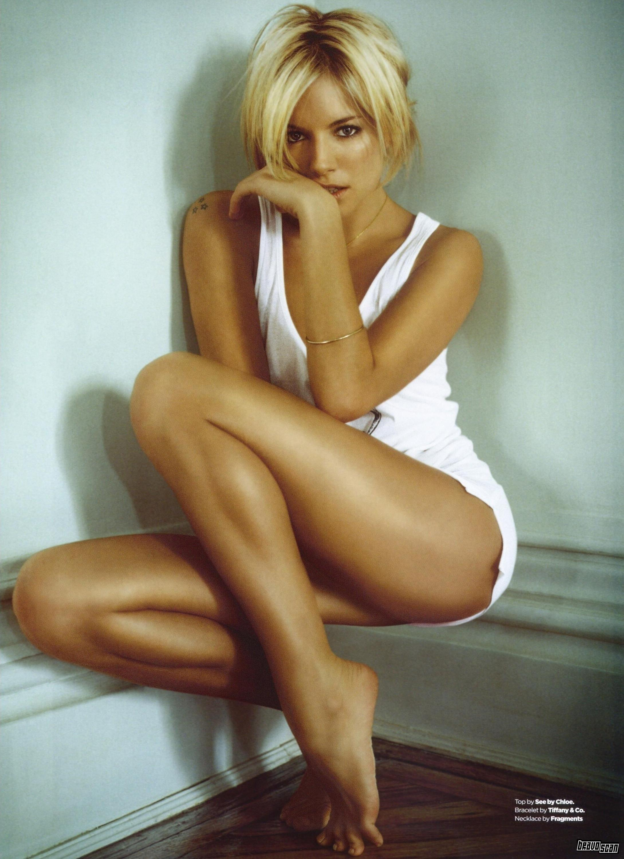 http://pictures.platinum-celebs.com/sharon-stone-nude-photo.jpg